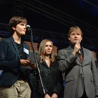 A brief introduction before the concert, left-right: Róża Książek-Czerwińska, Dagmara Nowak-Adamczyk, and Ireneusz Białek, Head of the Jagiellonian University Disability Support Service